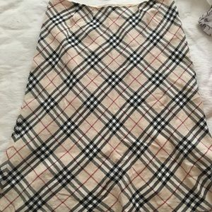 Burberry skirt authentic new